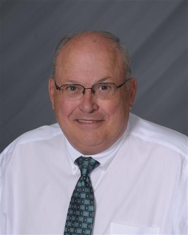 Consultant Robert J Reisinger