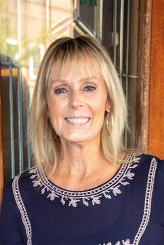 Consultant Tammy McKenzie, CRS