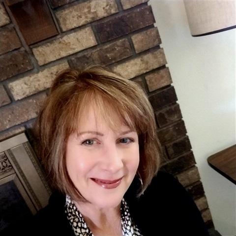 Consultant Diane Robert