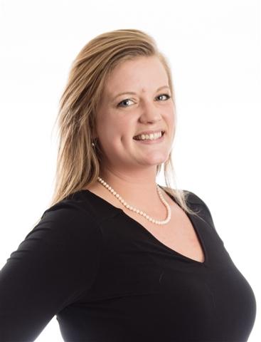 Consultant Ellie Fulks