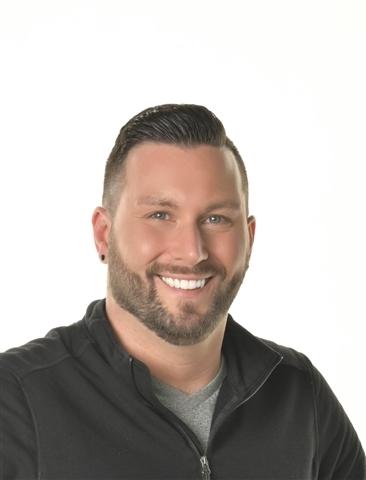 Consultant Adam Biretz