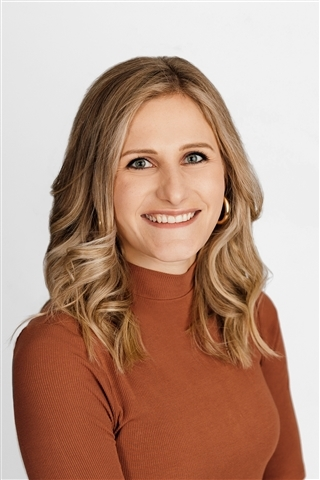 Consultant Paige Peyton