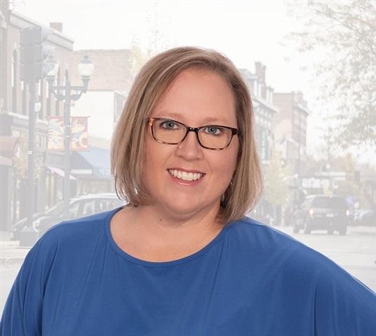 Consultant Jennie Plummer