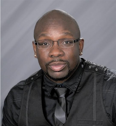 Consultant Luther Holmes