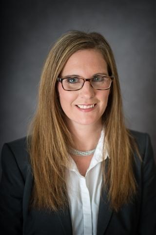 Consultant Annie Grimm