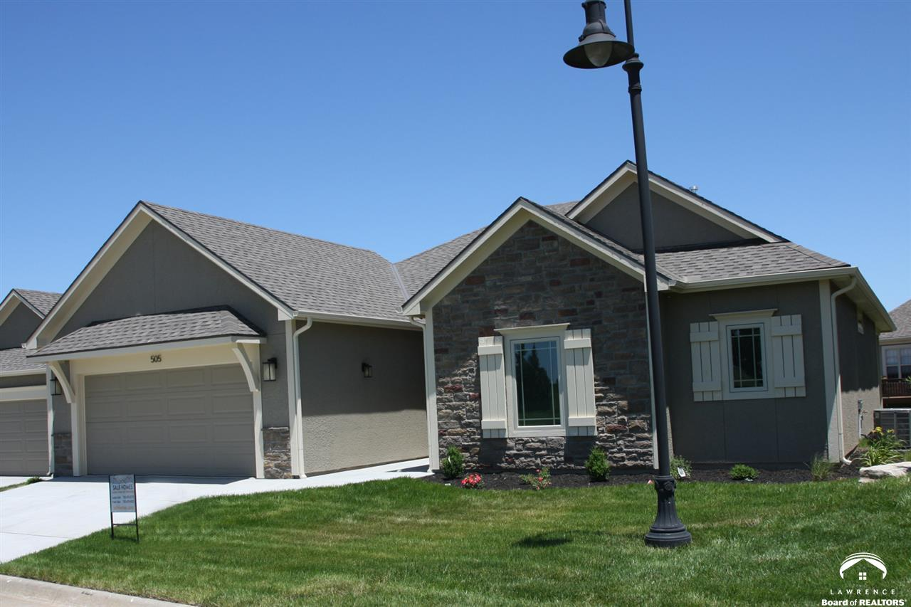 2250 Lake Pointe Drive #505, Lawrence, KS 66049