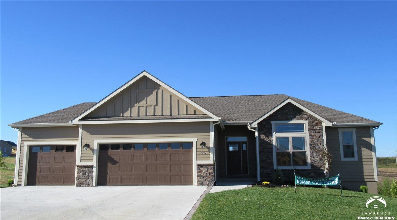 339 Headwaters Dr, Lawrence, KS 66049
