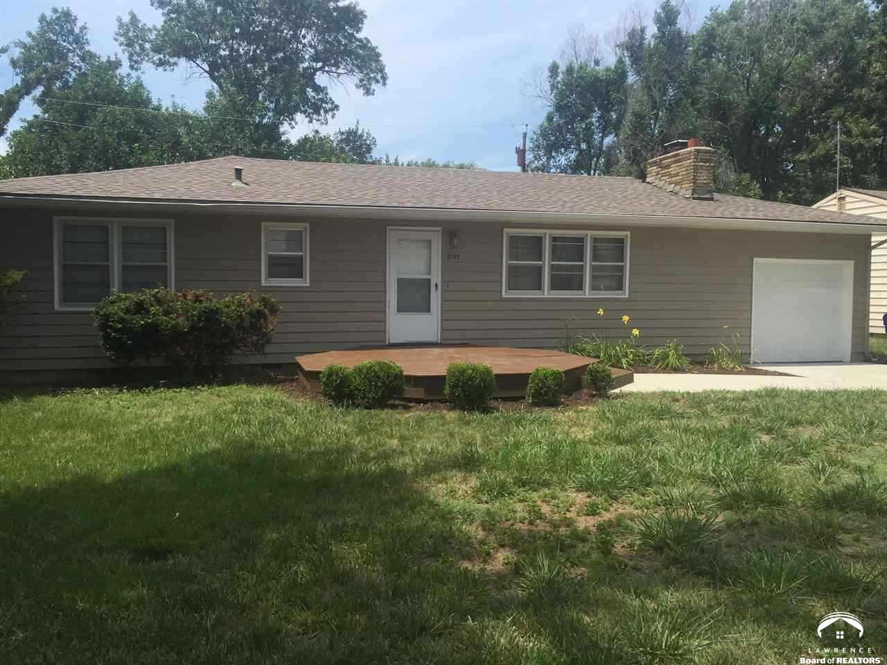 2145 Mitchell Rd, Lawrence, KS 66046