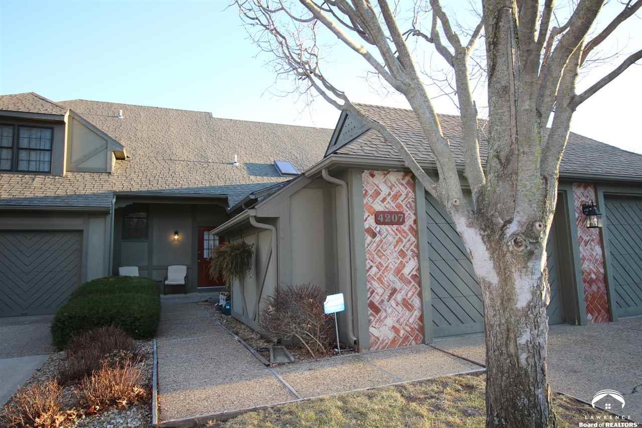 4207 Wimbledon Drive, Lawrence, KS 66047