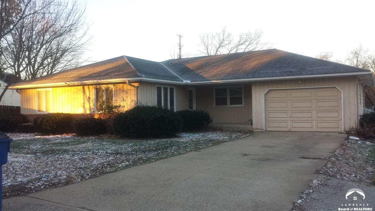 913 Maple, Eudora, KS 66025
