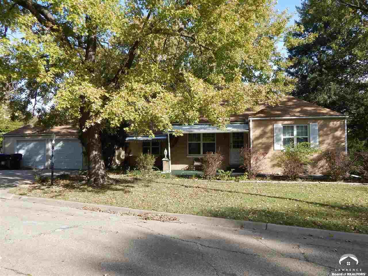 400 SW Granthurst Ave, Topeka, KS 66611