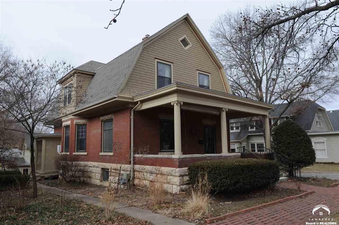 615 Indiana, Lawrence, KS 66044