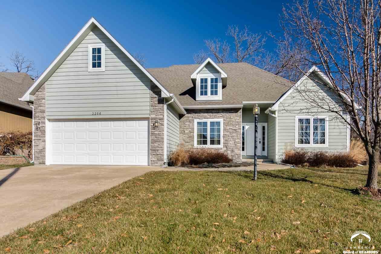 3206 Huntington Rd, Lawrence, KS 66049