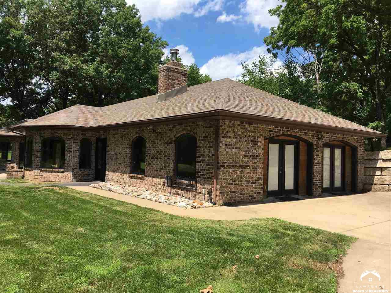 8044 Rock Creek Drive, Ozawkie, KS 66070