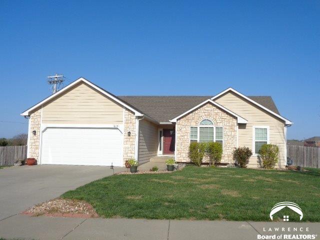 605 Heritage Drive, Baldwin City, KS 66006