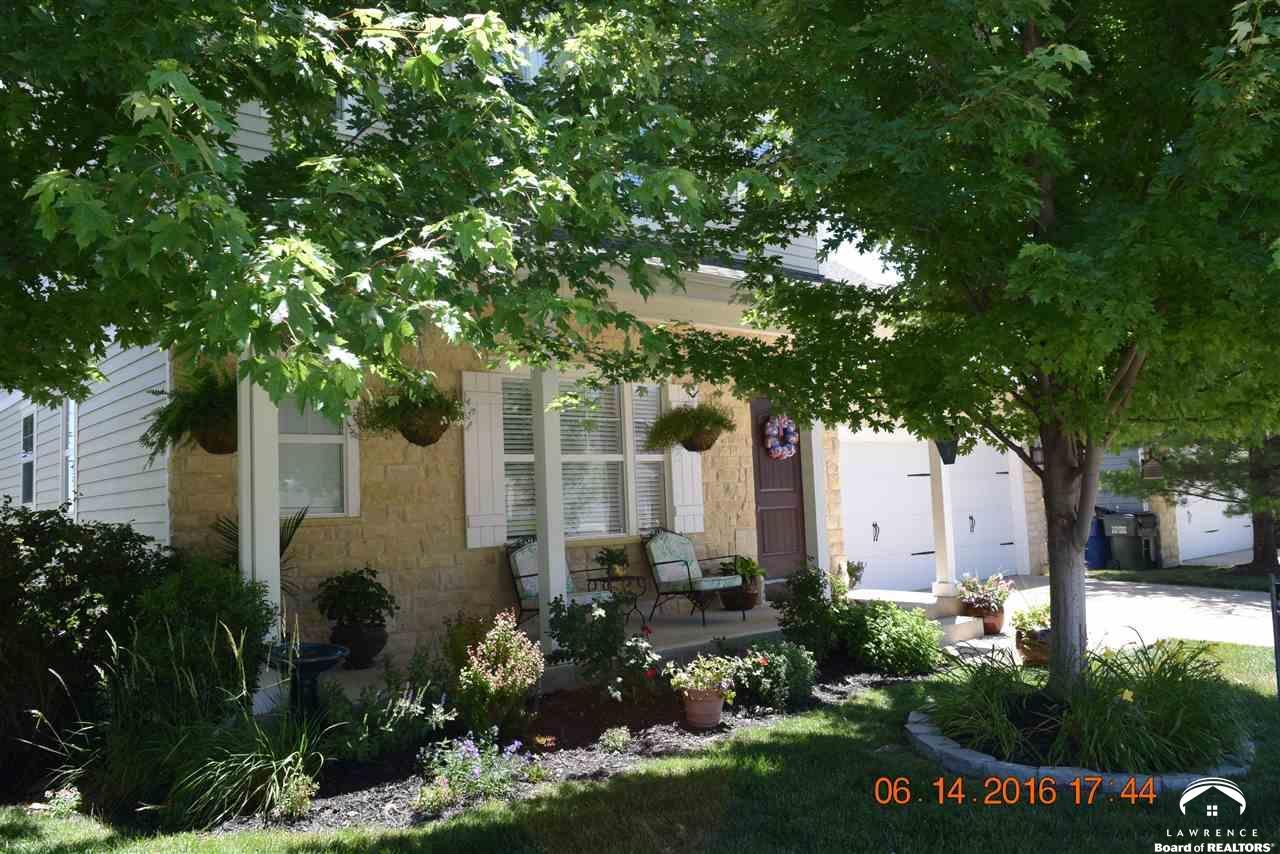 406 N Olivia Ave, Lawrence, KS 66049