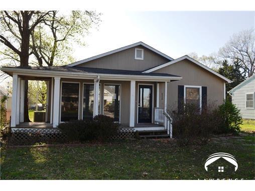 626 Pine Street, Wellsville, KS 66092