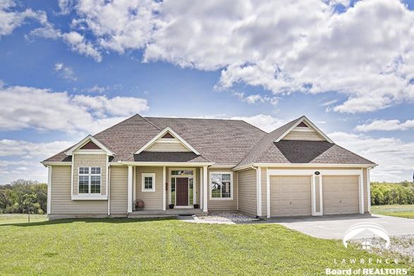 380 E 2100 rd, Wellsville, KS 66092