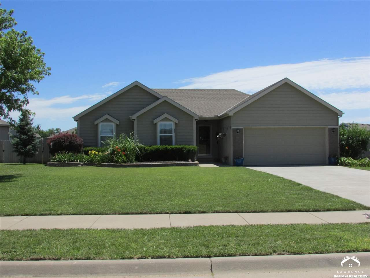 931 Bluestem Drive, Baldwin City, KS 66006