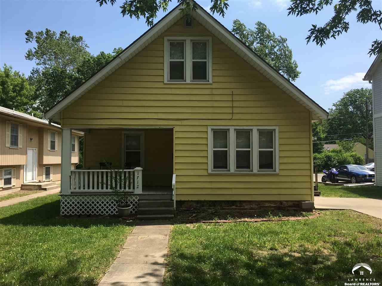 1712 Kentucky, Lawrence, KS 66044