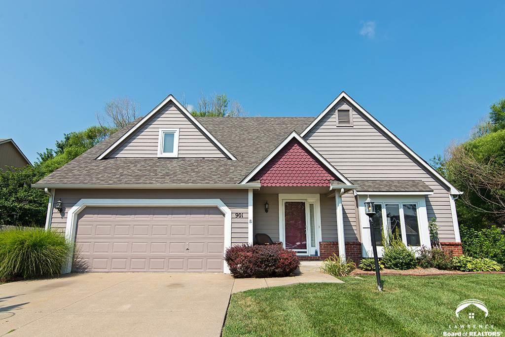 901 Congressional Dr., Lawrence, KS 66049