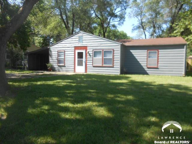 1727 Maple Ln., Lawrence, KS 66044