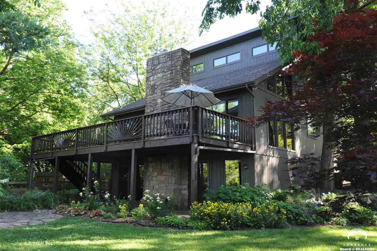 1606 Cypress Point Drive, Lawrence, KS 66047