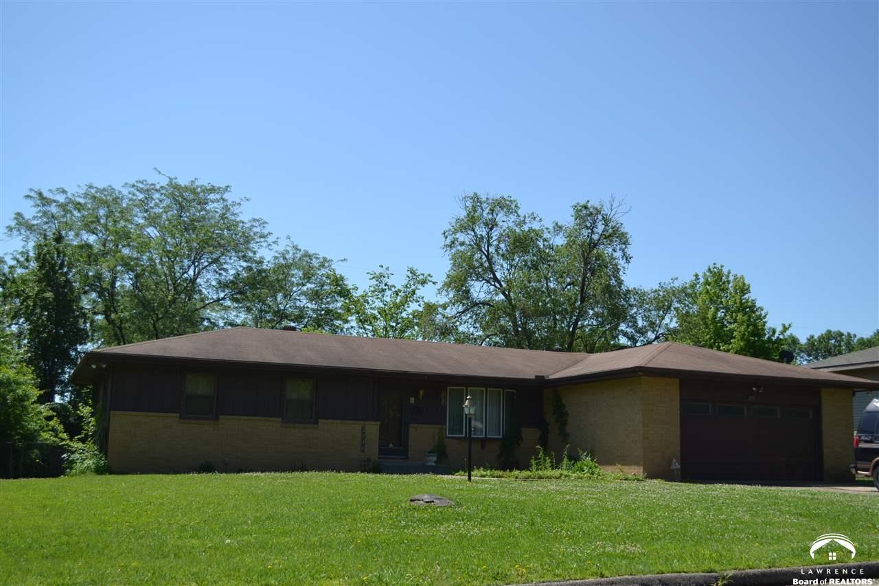 2739 SE Granger Street, Topeka, KS 66605