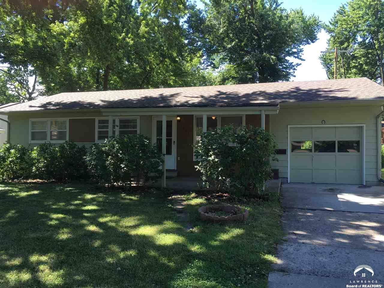 1307 E 19th Street, Lawrence, KS 66044