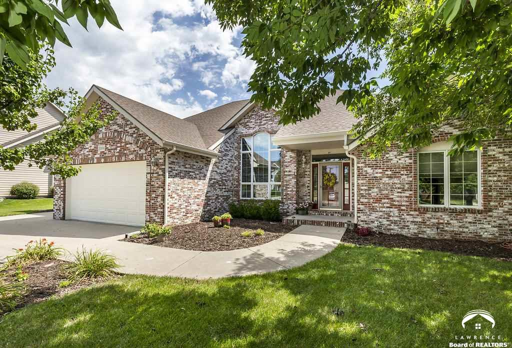 2008 Carmel Drive, Lawrence, KS 66047