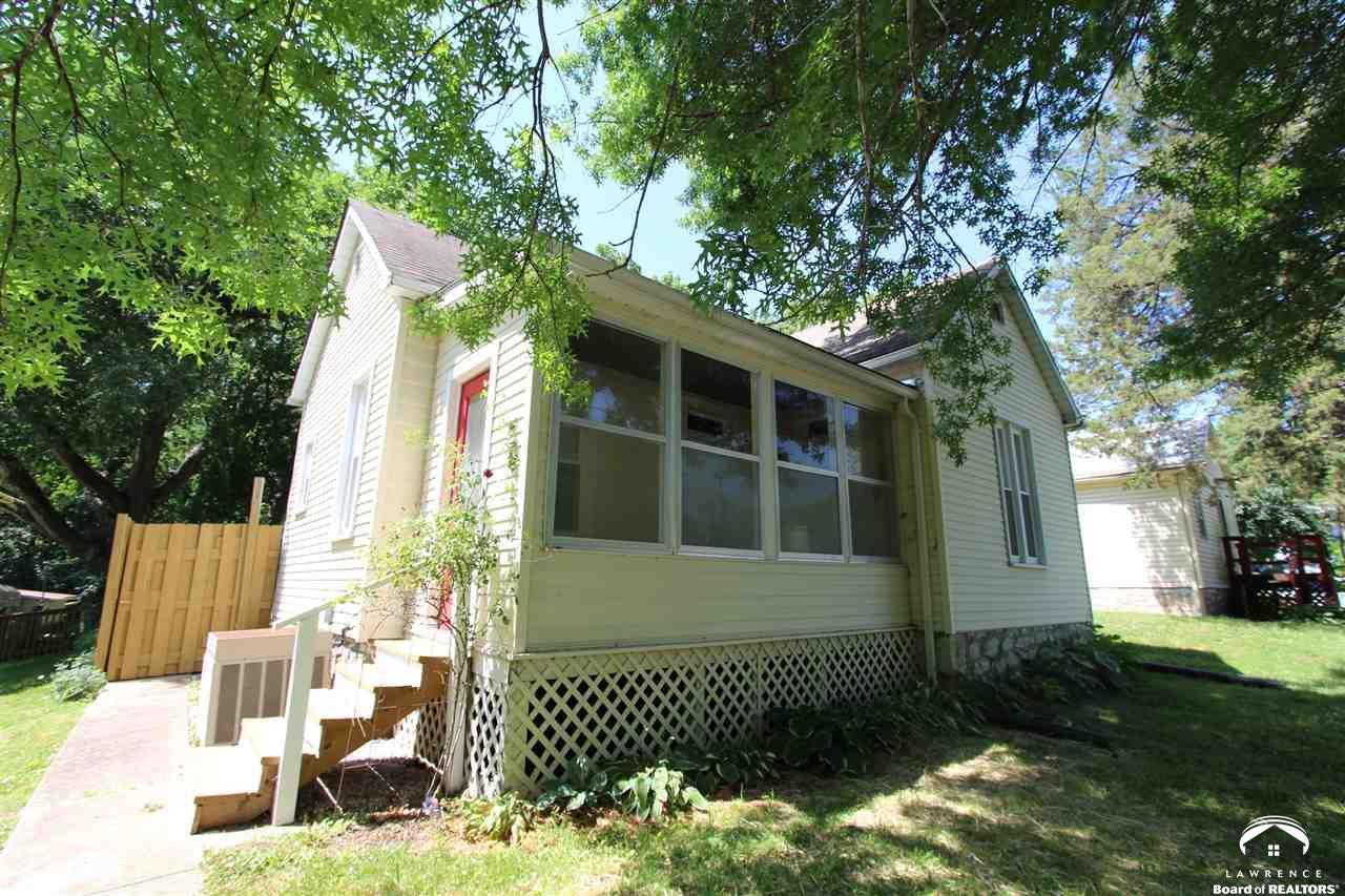 1407 High Street, Leavenworth, KS 66048