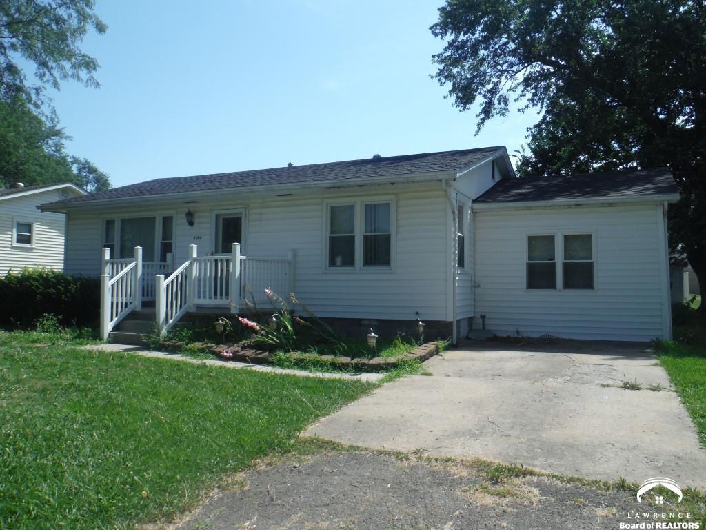 404 Montana Ave., Holton, KS 66435