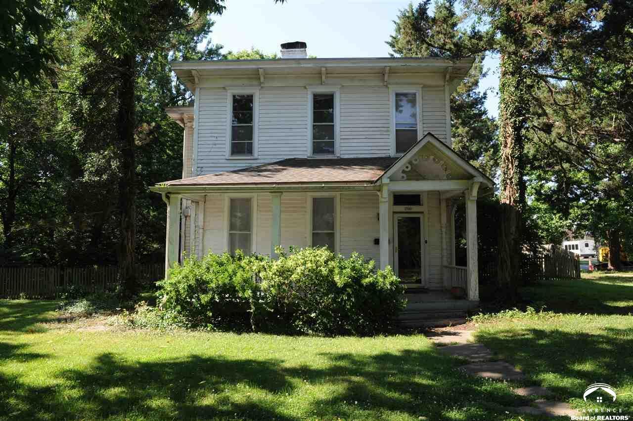 1700 New Hampshire, Lawrence, KS 66044