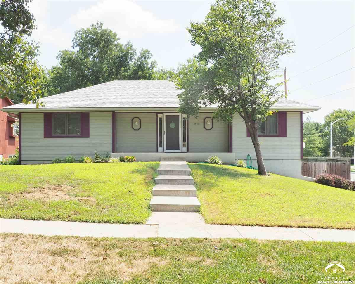 3628 SW Woodvalley Terrace, Topeka, KS 66614