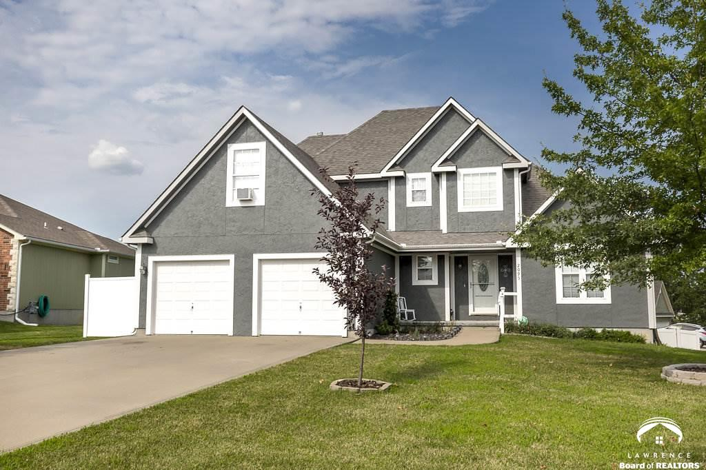 2095 Hidden Valley Place, Tonganoxie, KS 66086