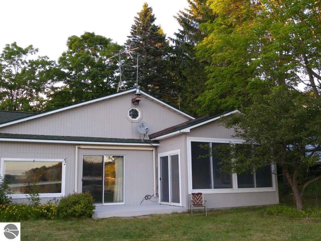7507 Gregory Drive, Central Lake, MI 49622