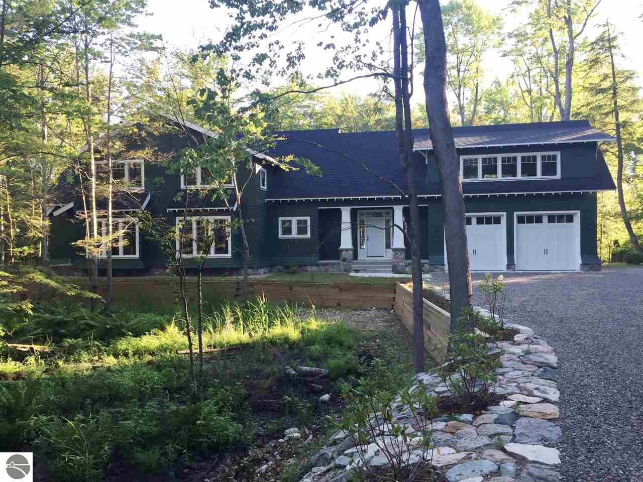 4 Bedroom Waterfront Homes For Sale On Long Lake In Northern Michigan