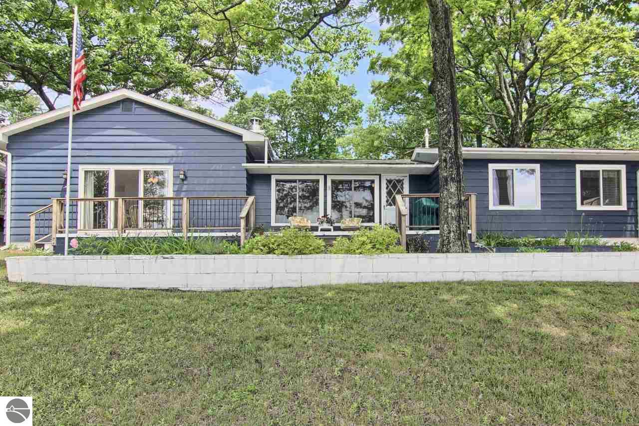 Clam Lake Mi Waterfront Homes For Sale