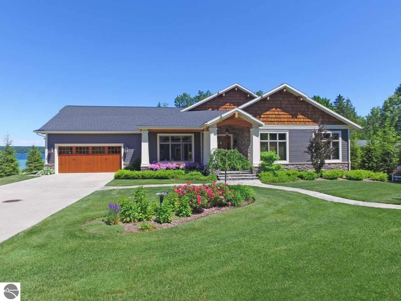 4 Bedroom Waterfront Homes For Sale On Torch Lake In North Michigan