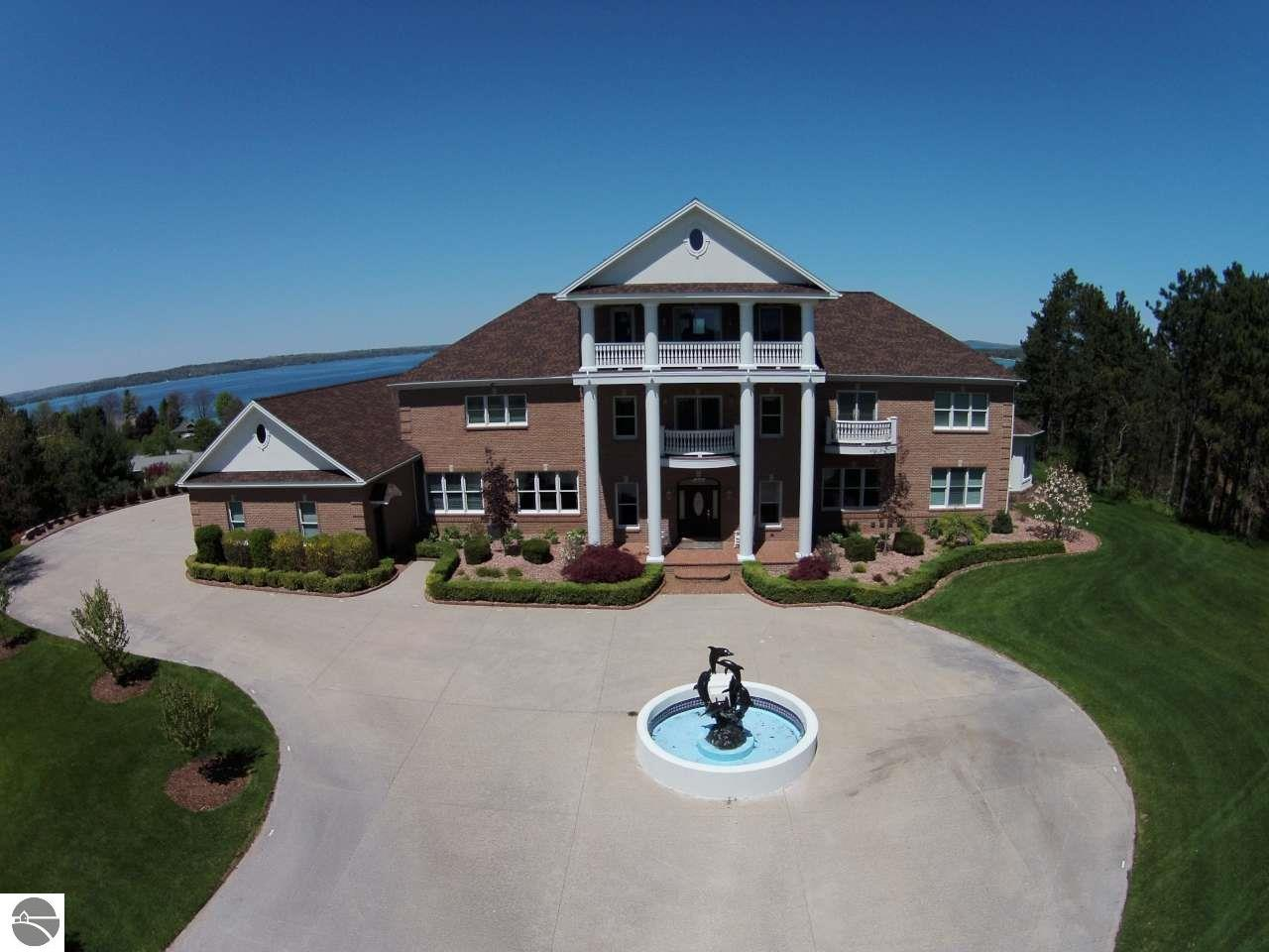 Property for sale at 3399 Sail View Lane, Williamsburg,  MI 49690