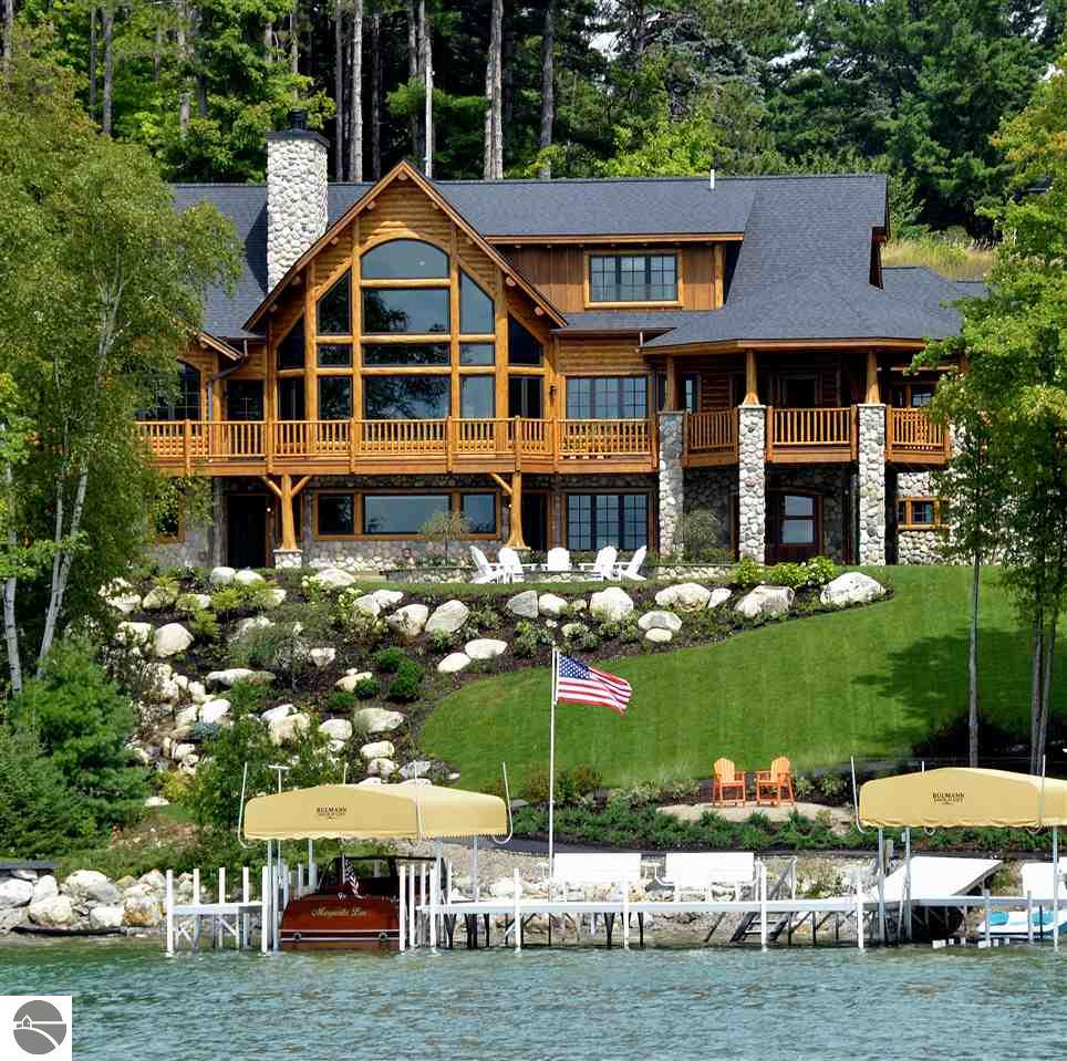 4 bedroom waterfront homes for sale on torch lake in for Lake front homes