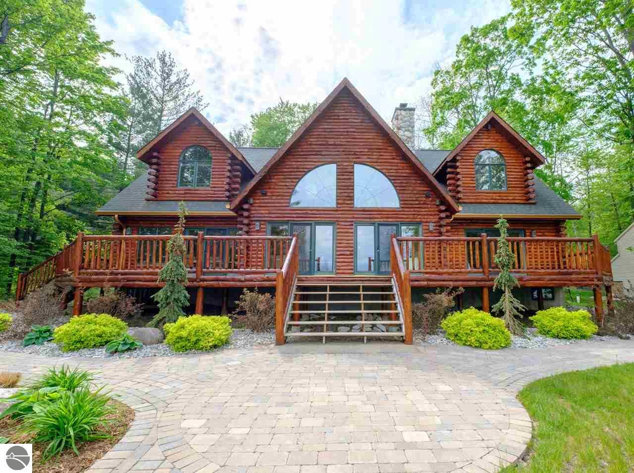 Michigan antrim county kewadin - 6869 Cottage Drive