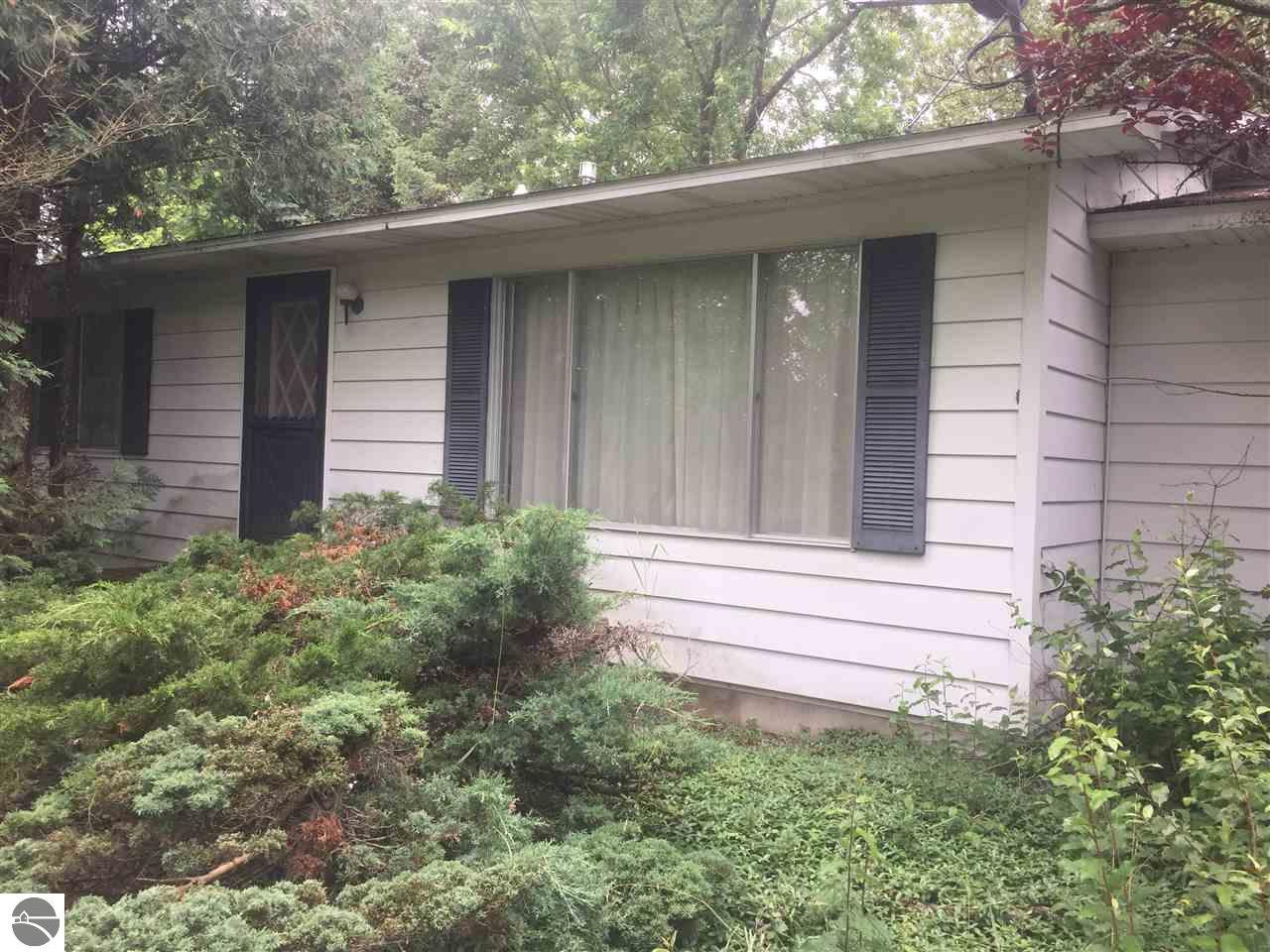 How to buy a fixer upper - 3467 E Long Lake Road