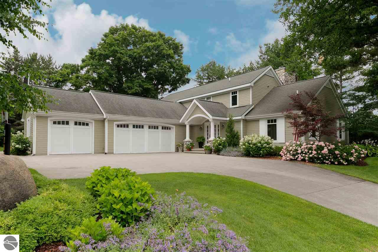 Property for sale at 1046 Quaker Valley Drive, Traverse City,  MI 49686