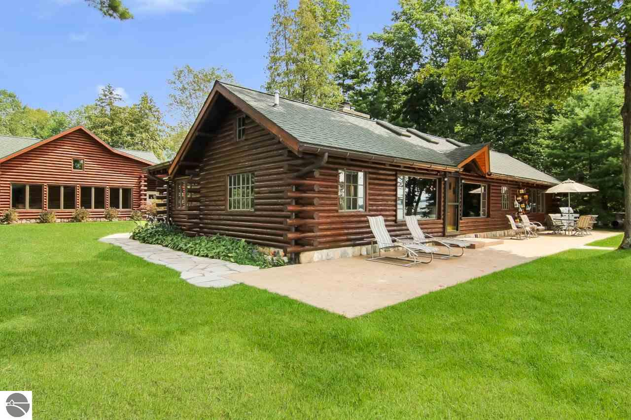 Elk Lake Property for Sale: Elk Lake Waterfron Real Estate