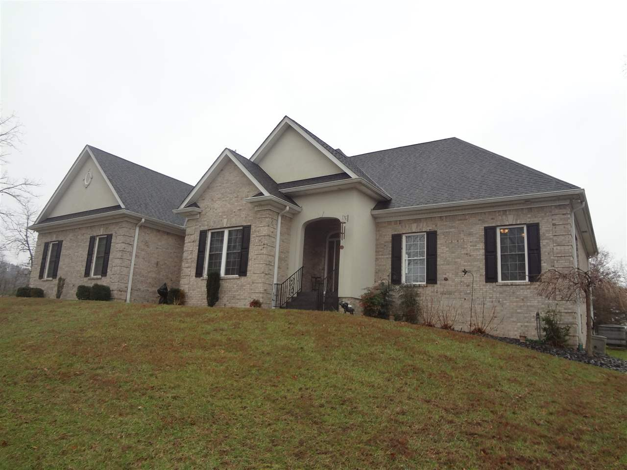 2044 Clear Ceek, Boston, KY 40107