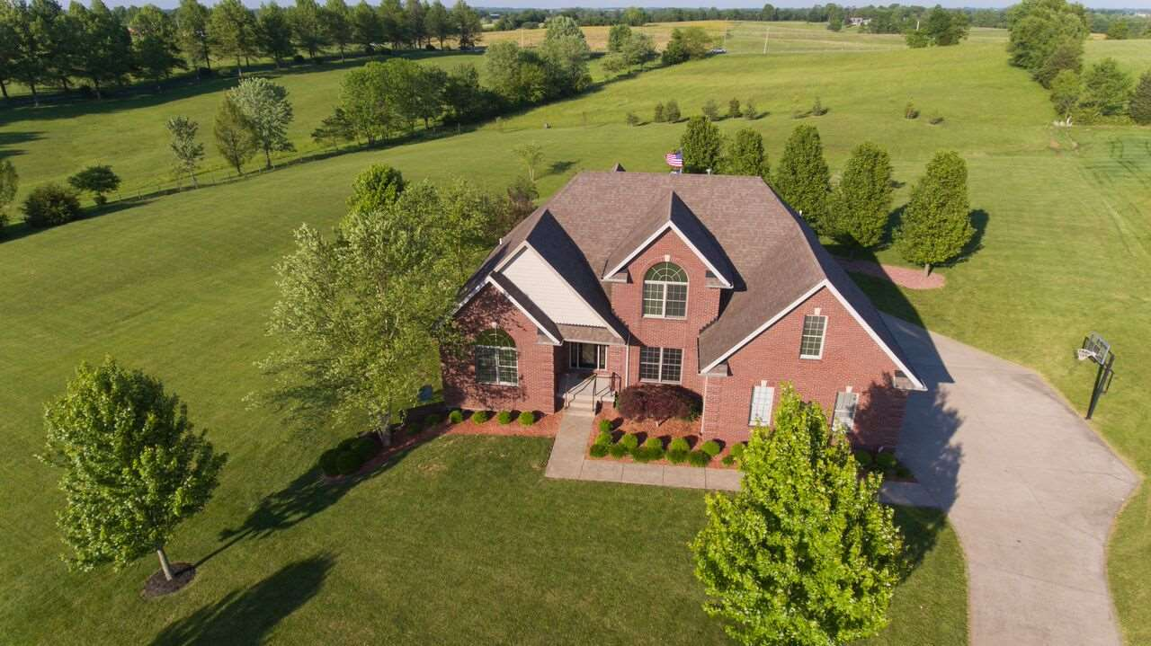 115 Coventry Ln, Bardstown, KY 40004