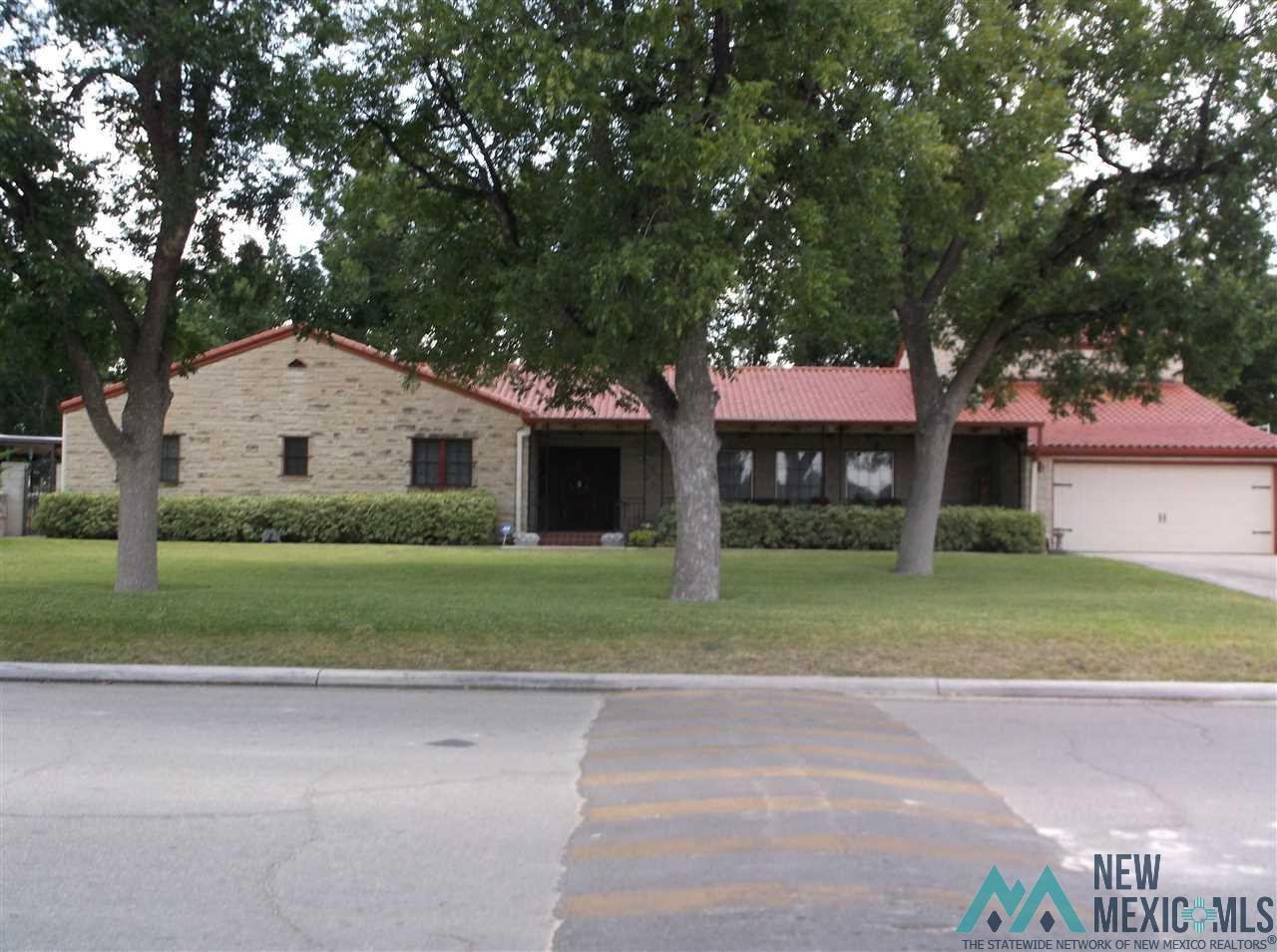501 W Riverside Drive, Carlsbad, NM 88220