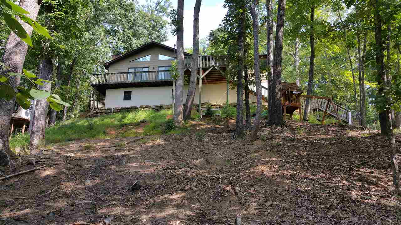 353 Buzzards Place, Lake Lure, NC 28746