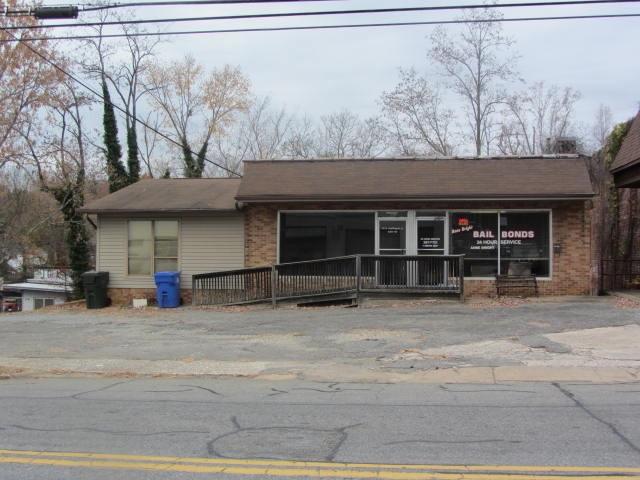 151/153 N Washington Street, Rutherfordton, NC 28139